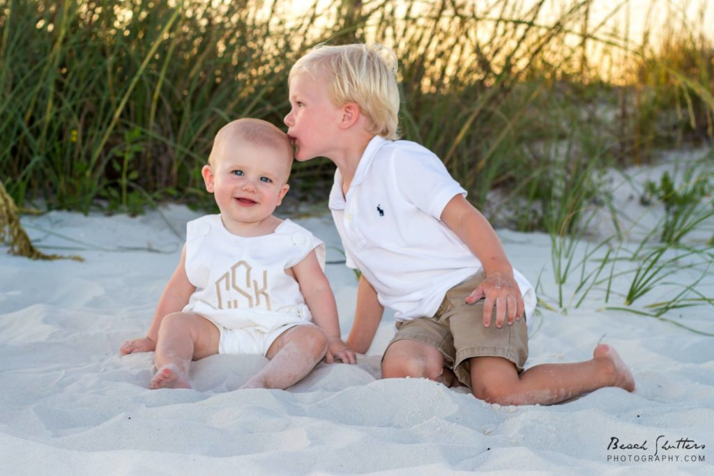 Sweet brothers in the sand