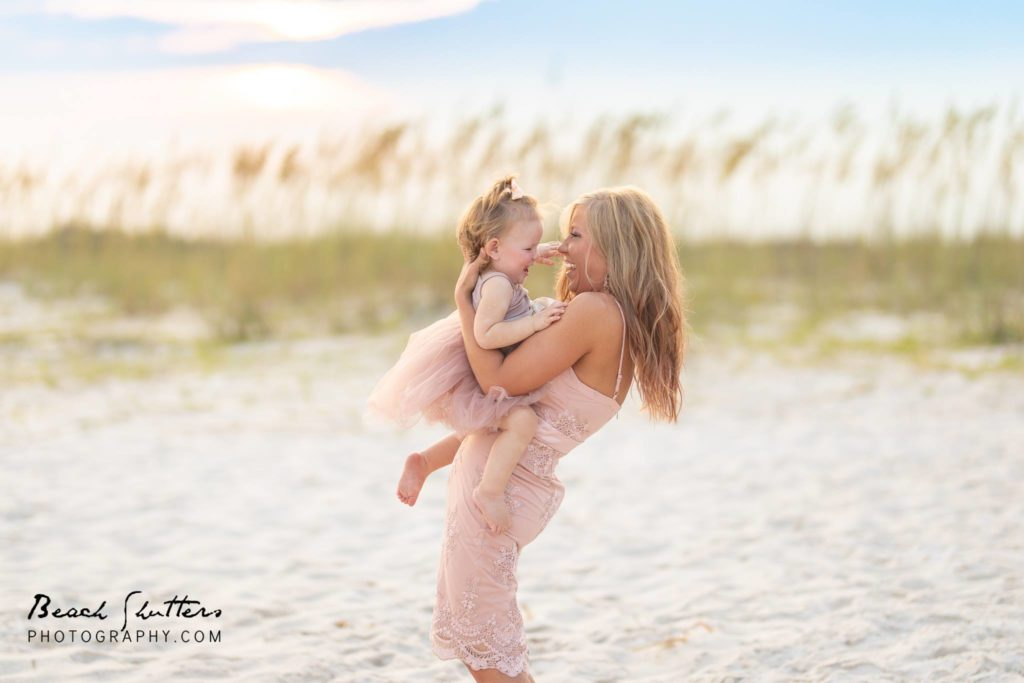 photographer in Gulf Shores Alabama taking the best family photos