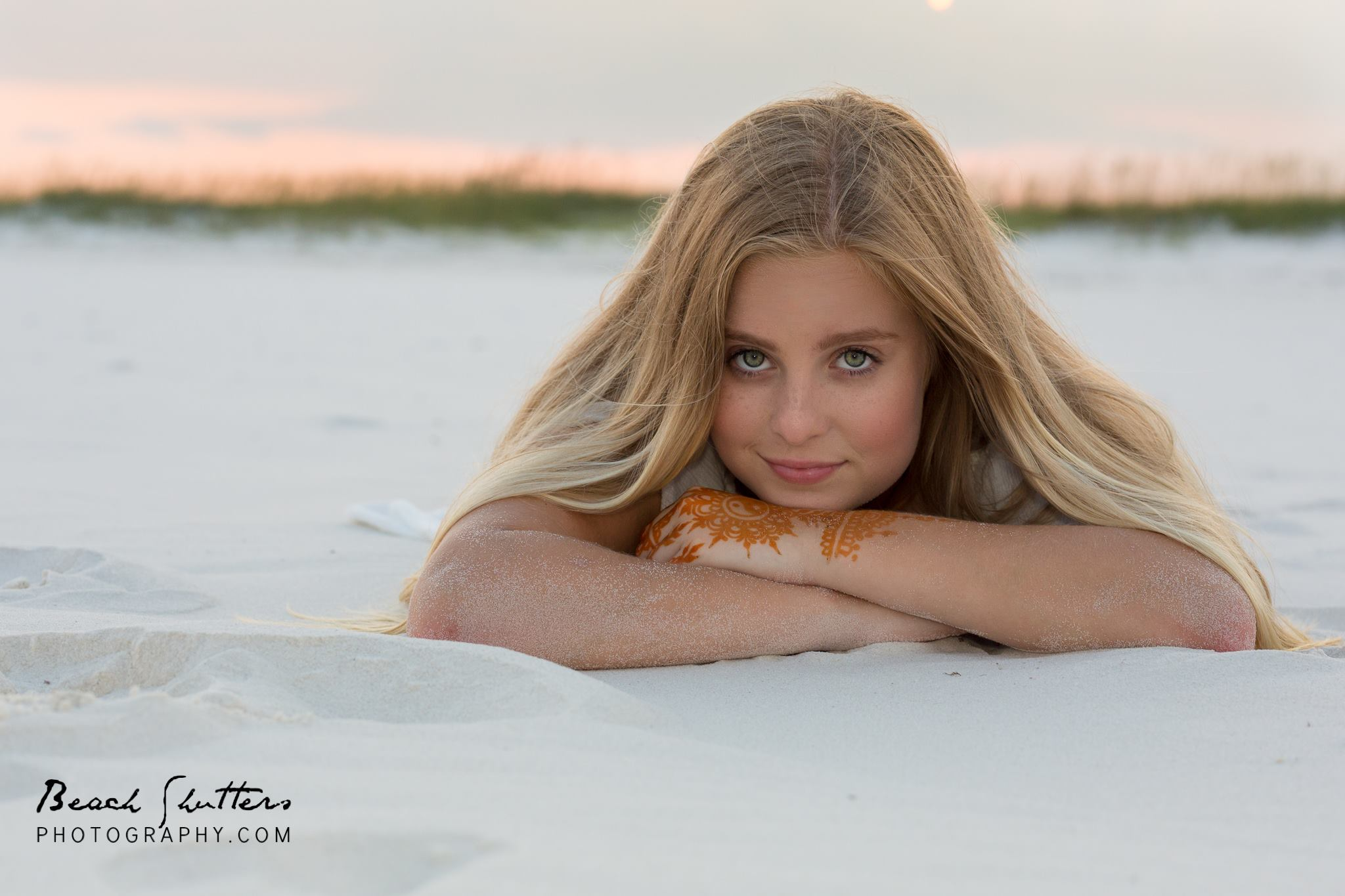 Senior portrait photographer in Orange Beach