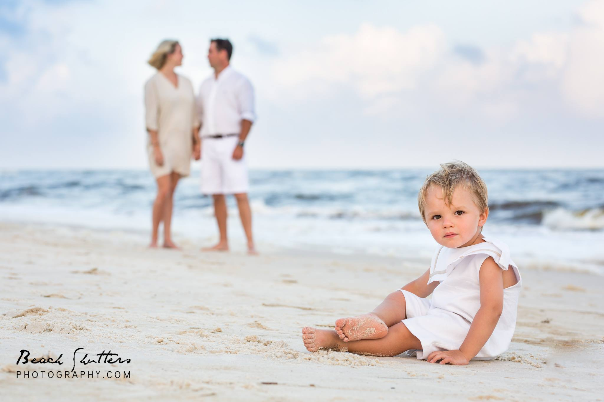 photographer in Orange Beach Alabama khaki and white family